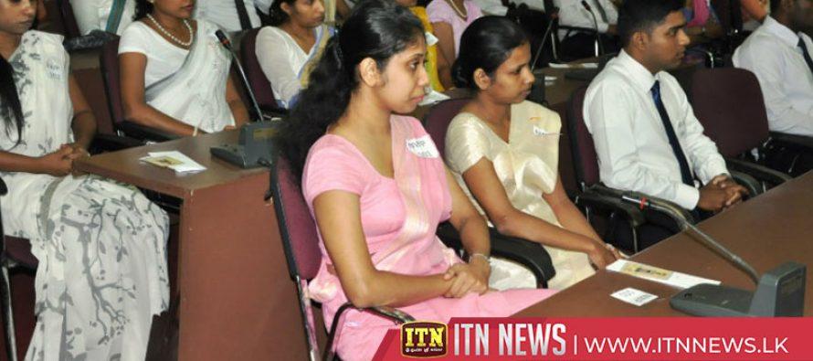 கல்வியற் கல்லூரிகளில் இம்முறை 8 ஆயிரம் மாணவர்கள் இணைத்துக்கொள்ள நடவடிக்கை