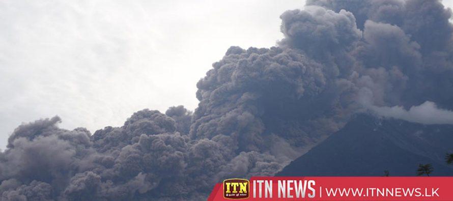 எரிமலை சீற்றம்-25 பேர் உயிரிழப்பு-300க்கும் மேற்பட்டோர் எரிகாயம்.
