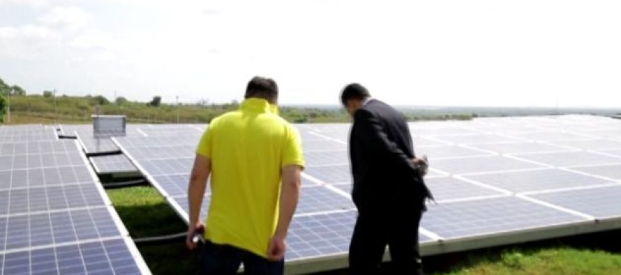 Attention focused for the first time in Sri Lanka on floating solar power