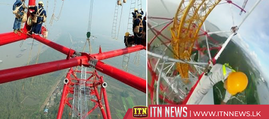 World's highest transmission towers in homestretch in east China port
