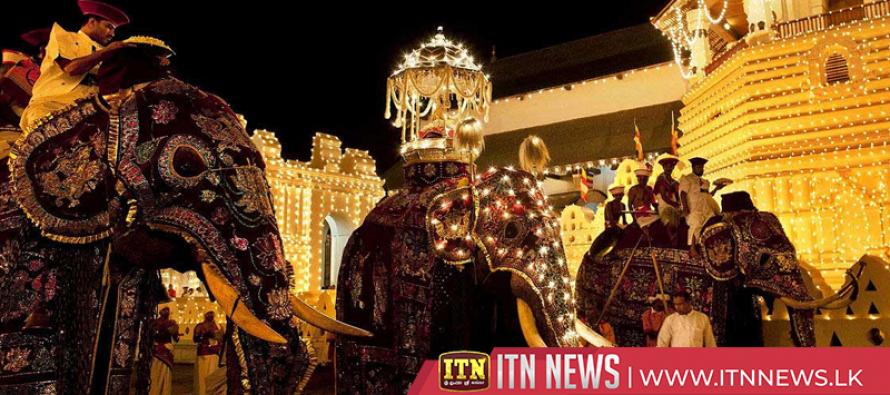 First KumbalPerahera of the Kandy EsalaPerahera Festival parades the streets tonight