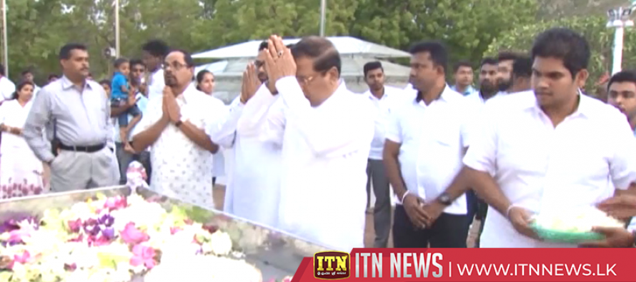 President receives blessings paying obeisance to historic Kirivehera