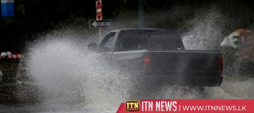 Life-threatening' storm starts to lash US