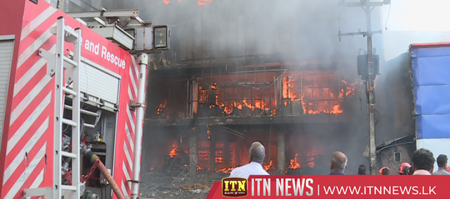 A fire at a leading cloth store at Pelawatta