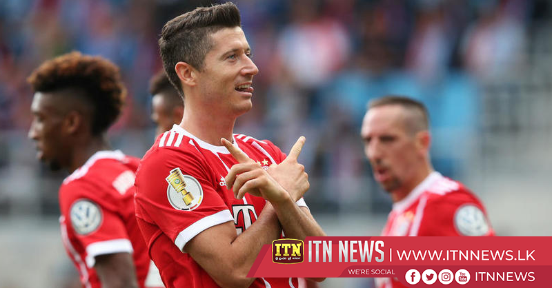 Lewandowski double hands Bayern first win in five games