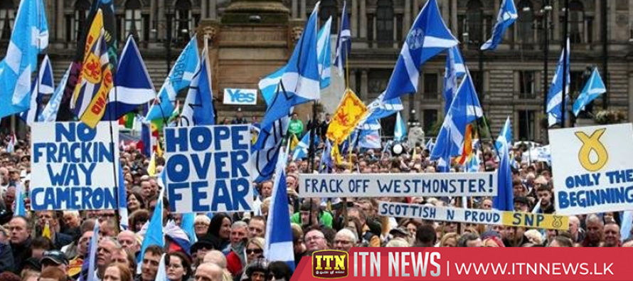 Thousands protest in Scotland demanding independence