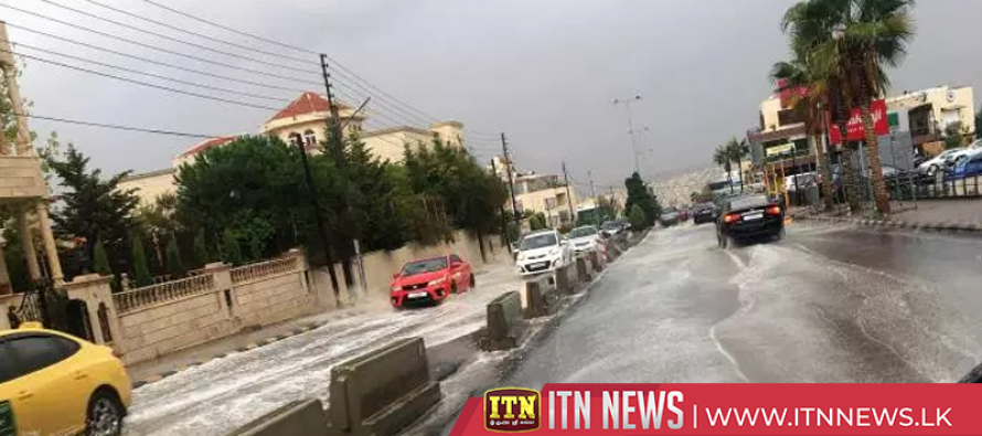 At least 18 people, mostly children, die in flash flood in Jordan
