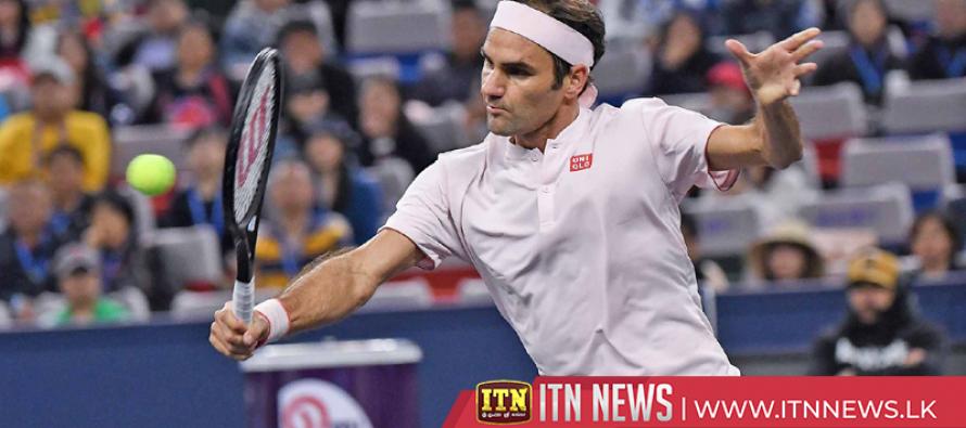 Federer battles past Medvedev to begin Shanghai title defence