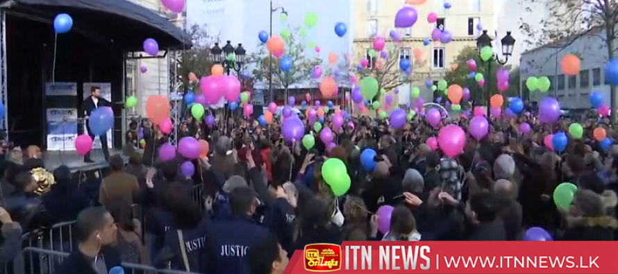 130 balloons released into sky to remember victims of Paris attacks