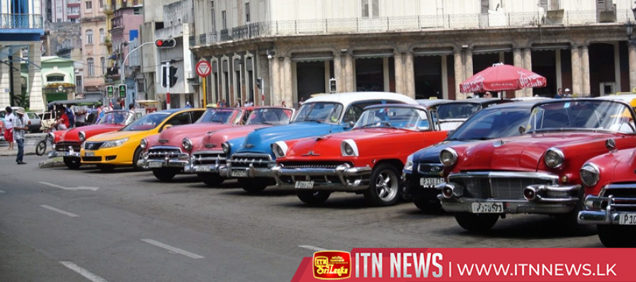 Classic cars make the rounds in Cuban rally