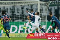 Hazard double sends Gladbach into second place