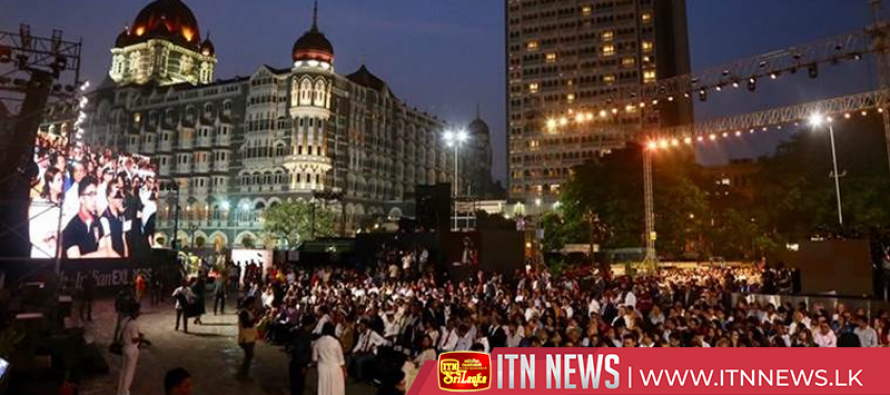India remembers victims of Mumbai attacks on 10th anniversary