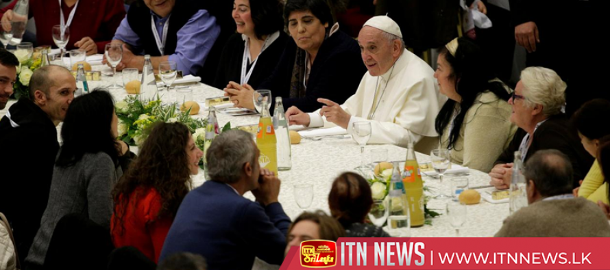Pope Francis has lunch with homeless for World Day of the Poor