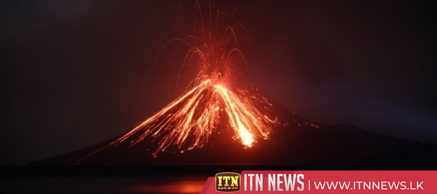 Fears of new wave as Anak Krakatau volcano seethes