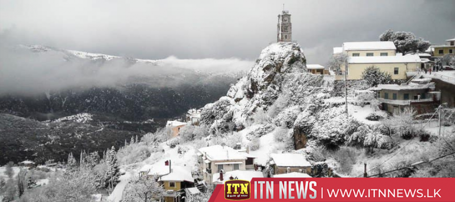 Cold front turns Greece into winter wonderland