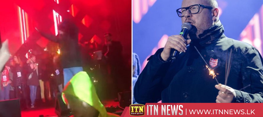 Mayor of Gdansk stabbed on stage at charity event