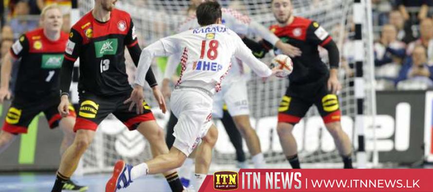 Astrid the sea lion predicts a win for Croatia's handball team against Germany