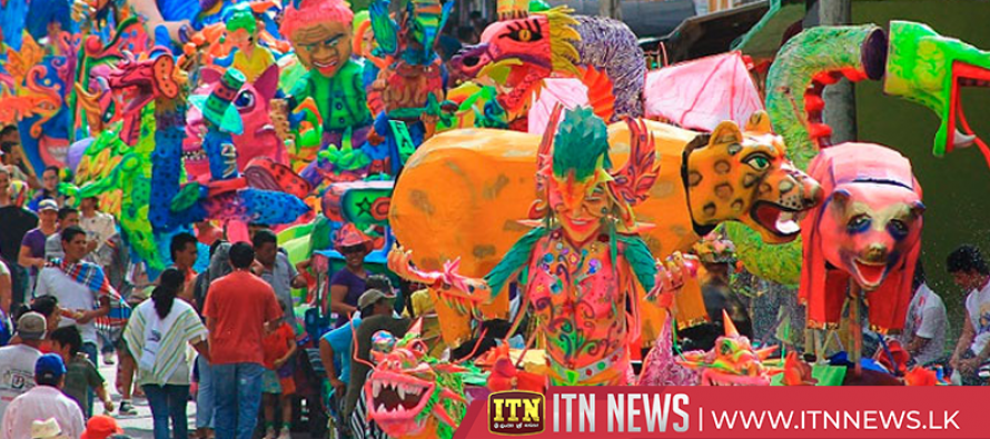 Carnival color on display in Colombian city