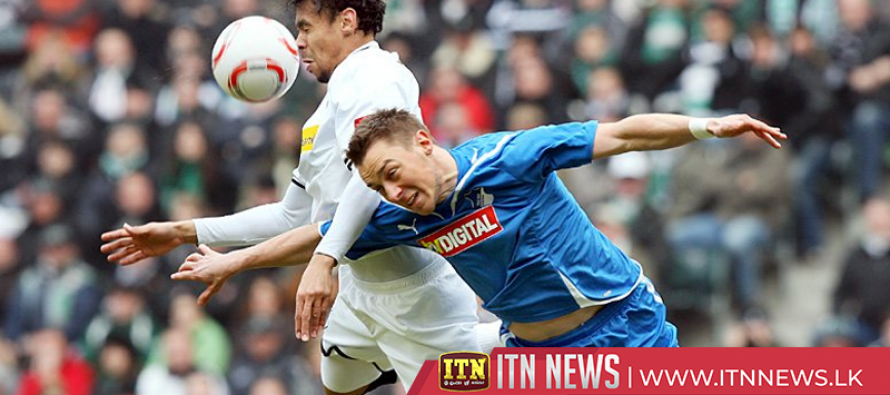 Moenchengladbach leave it late to beat Augsburg