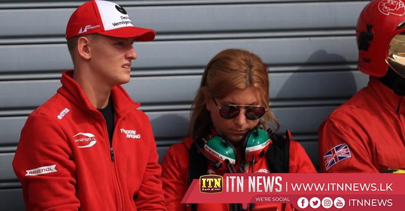 Schumacher Jnr signs for Ferrari's driver academy