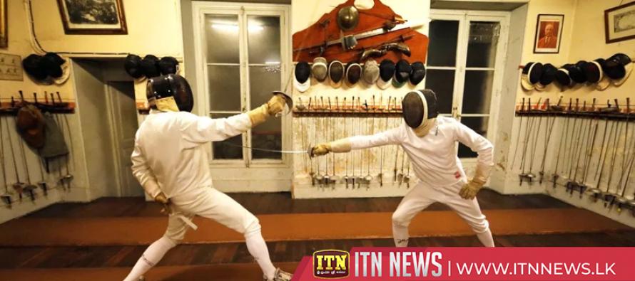 Oldest fencing club in Paris teaches the art of swordsmanship