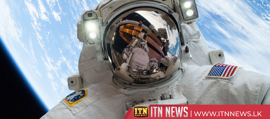 NASA astronauts arrive at the ISS