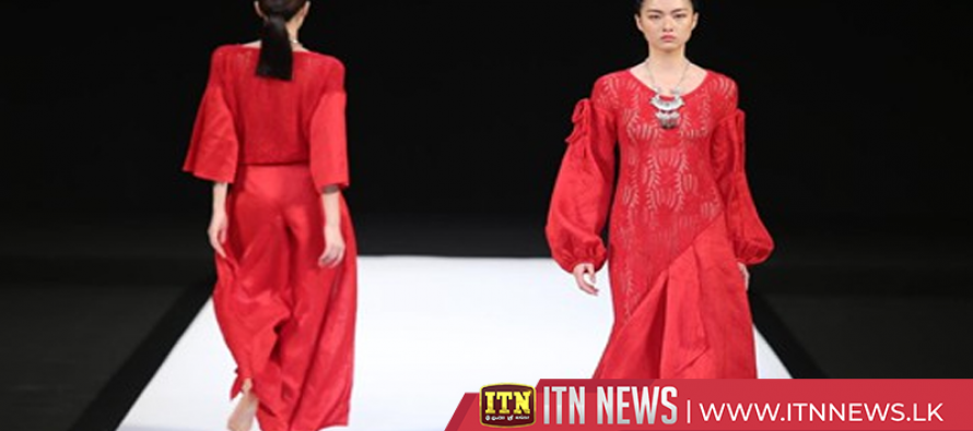 Fashion designers inspired by traditional Chinese elements at China Fashion Week