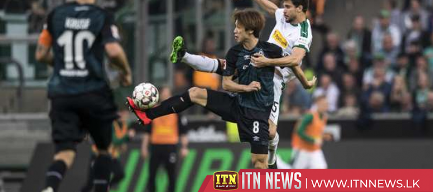 Gladbach draw with Werder, lose ground in Champions League race