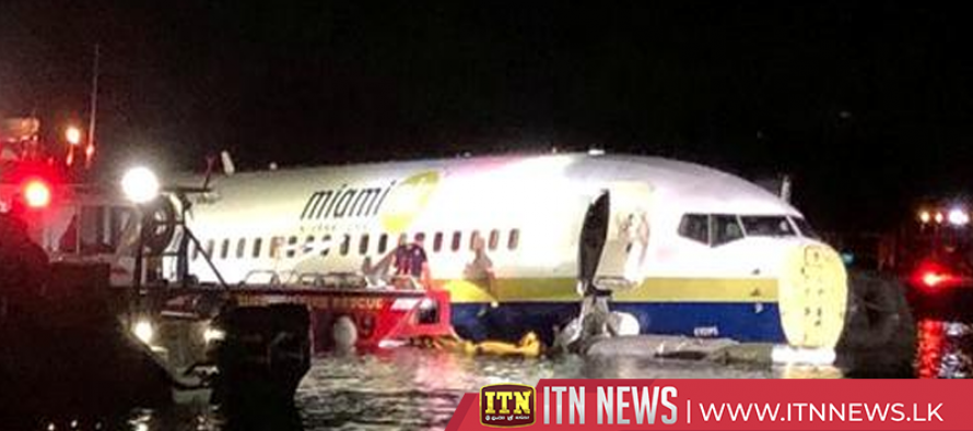 Boeing 737 slides into Florida river with 136 on board, no fatalities