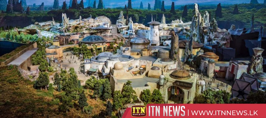 Disneyland opens its Star Wars experience – Galaxy's Edge