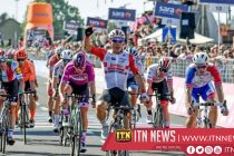 Ewan sprints to second stage win at Giro d'Italia