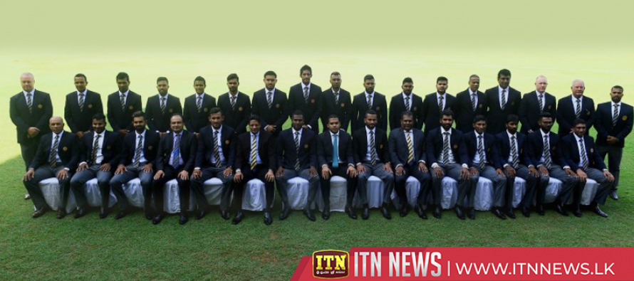 Team Sri Lanka leave for World Cup without fanfare