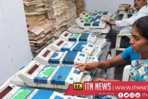 India begins vote counting