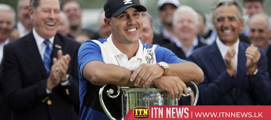 Koepka hangs on to win second straight PGA Championship