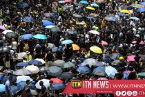 Protesters take rally to Hong Kong police headquarters