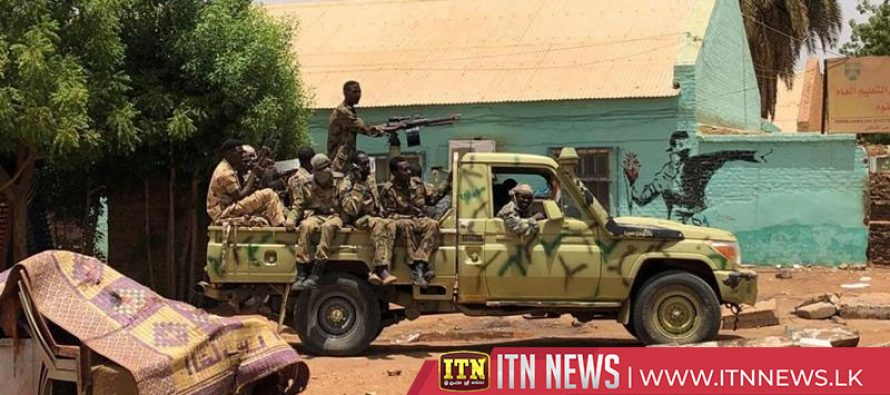 Gunfire as Sudan military moves in to clear Khartoum sit-in