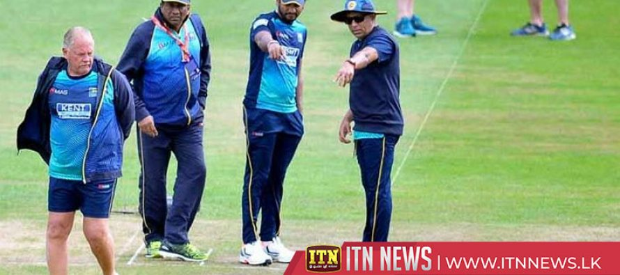 SLC to ask Hathurusingha and coaching staff to step down