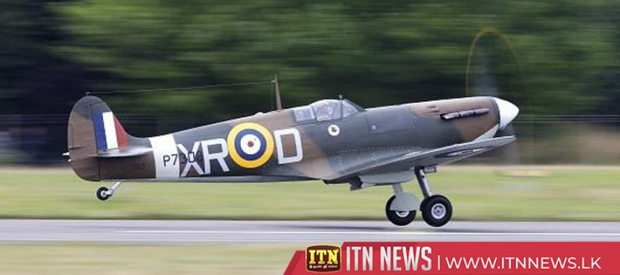 British pilots hope to fly around the world in Spitfires