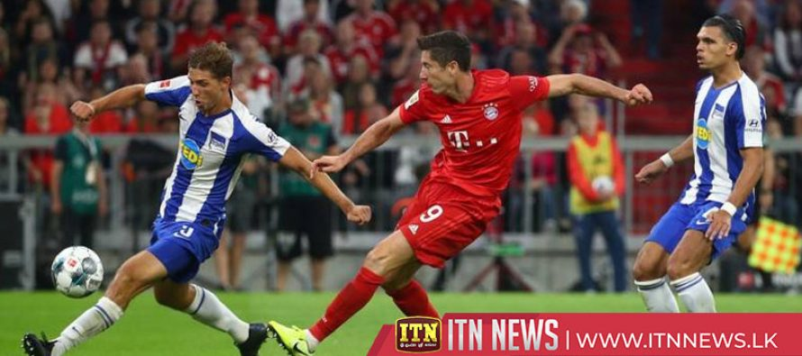 Lewandowski double rescues draw for Bayern in season opener
