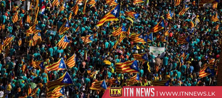 Thousands of Catalan separatists demonstrate in Barcelona during Diada national day