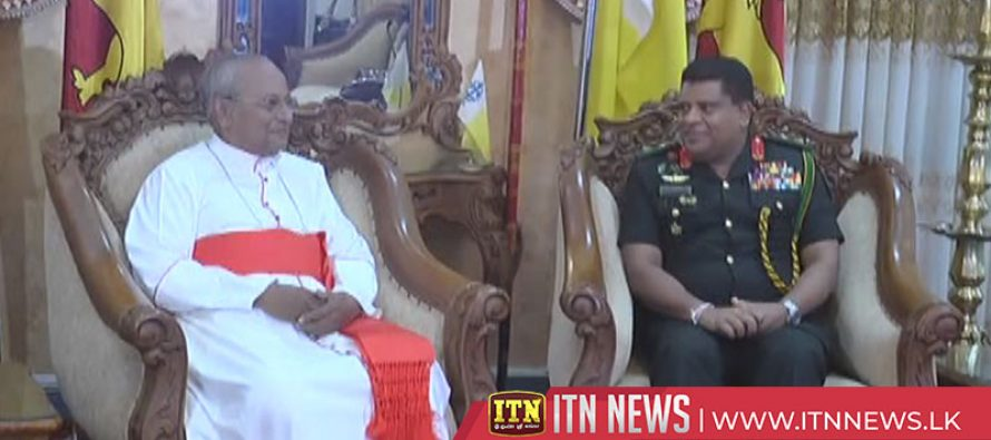 Army Commander pays obeisance to His Eminence