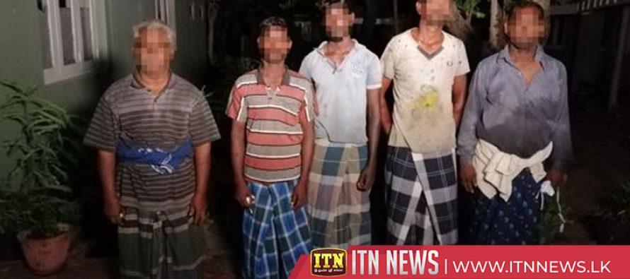 Navy arrests five Indian fishermen poaching in Lankan waters