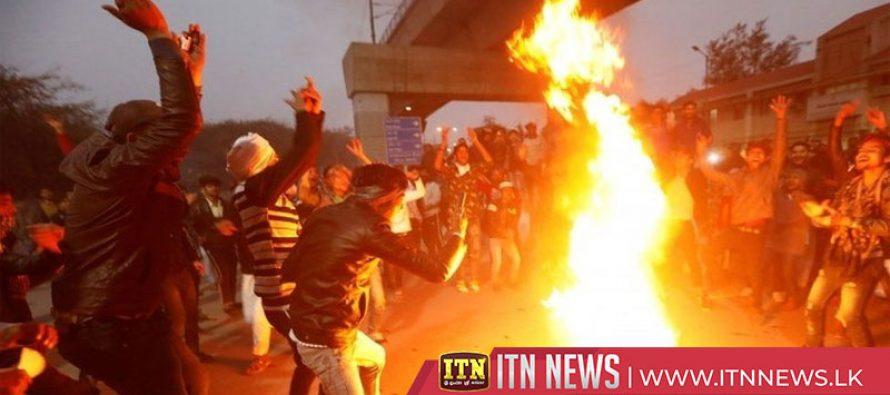 Delhi police in 'shooting' row as protests spread