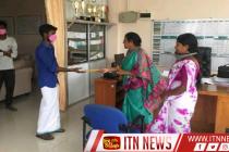 கொரோனா வைரஸ் – கிளிநொச்சி மாவட்டத்தில் தங்கியுள்ள இந்திய பிரஜைகளுக்கு நிதியுதவி