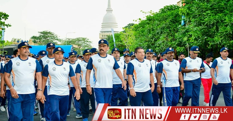 Secy Defence, CDS & Service Commanders Join 'CISM Day Run' in Colombo (PHOTOS)