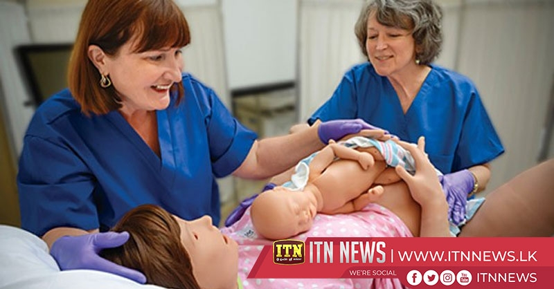 Midwives use AR to deliver virtual babies in simulated births