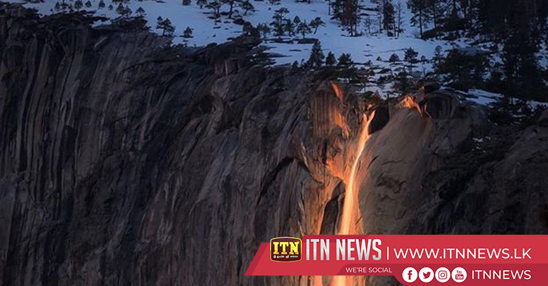 """Firefall"" phenomenon sweeps over snowy Yosemite cliff"