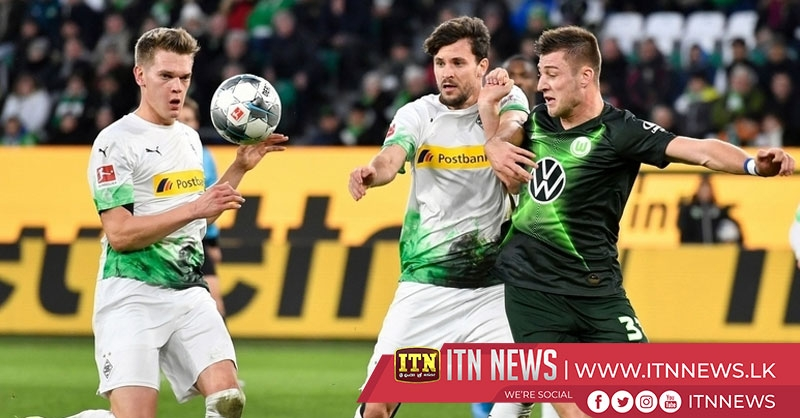 Wolfsburg stun Gladbach 2-1 with stoppage-time winner