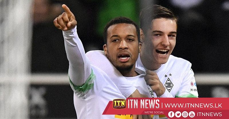 Gladbach beat Paderbon 2-0 to close gap with Leipzig