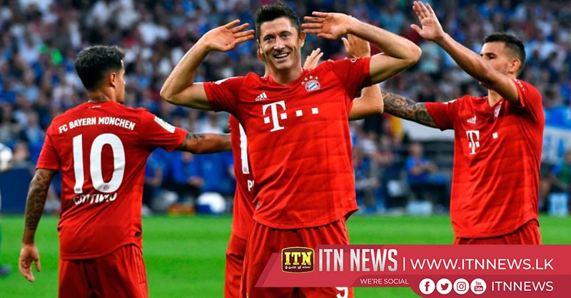 Lewandowski hat-trick guides Bayern to comfortable win at Schalke